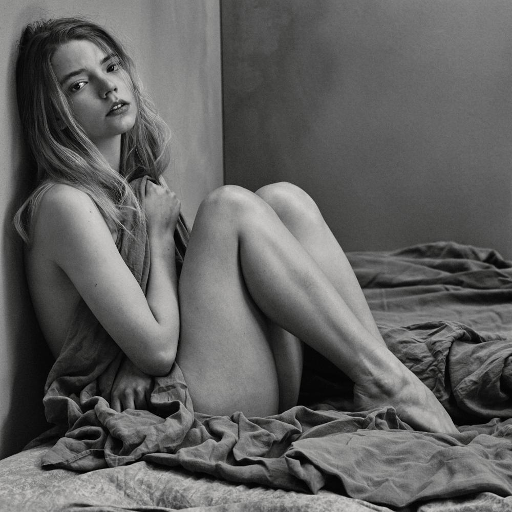 Anya taylor-joy naked